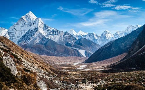 ama-dablam-himalaya-mountains-3241